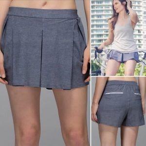 Lululemon Gray Pleated Skirt Shorts 10